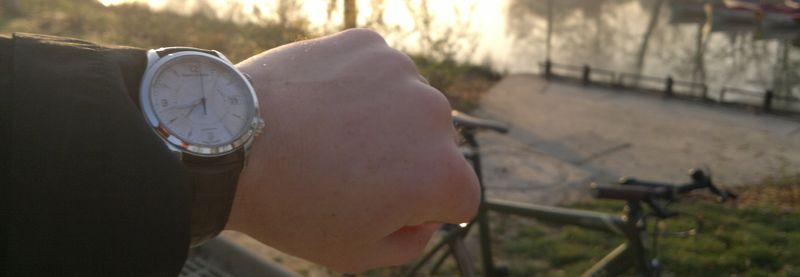 http://grinhu.free.fr/montres/fhr/Memovox/WS01.jpg